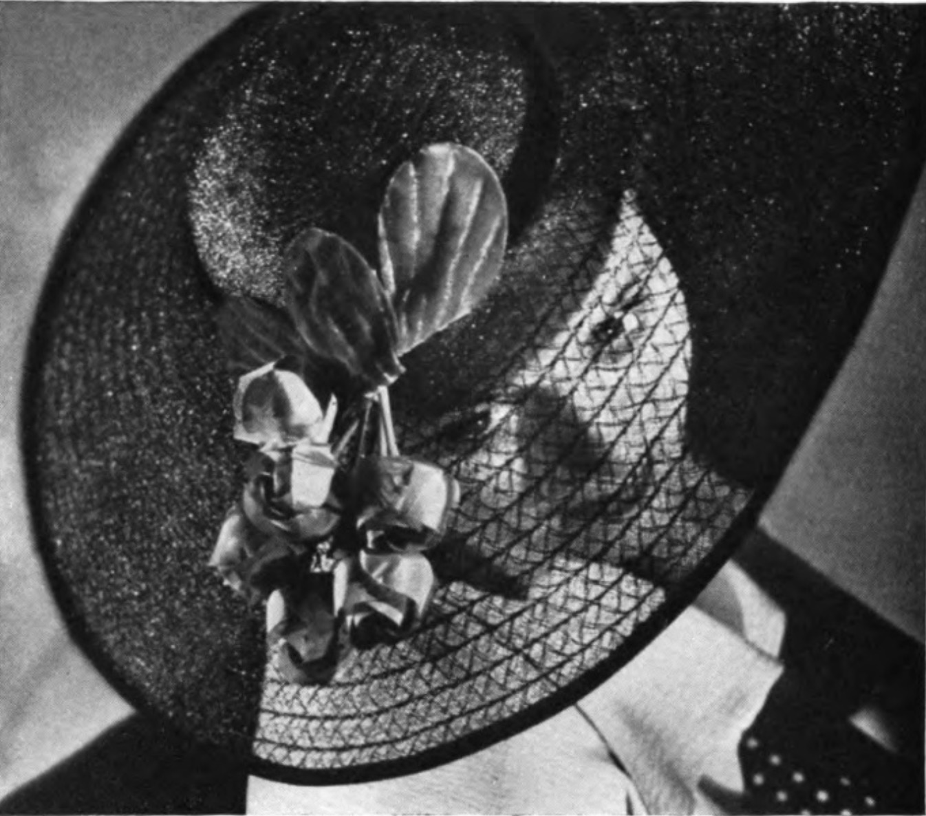 Monofil sun hat, pictured in  The Story of Rayon , 1937