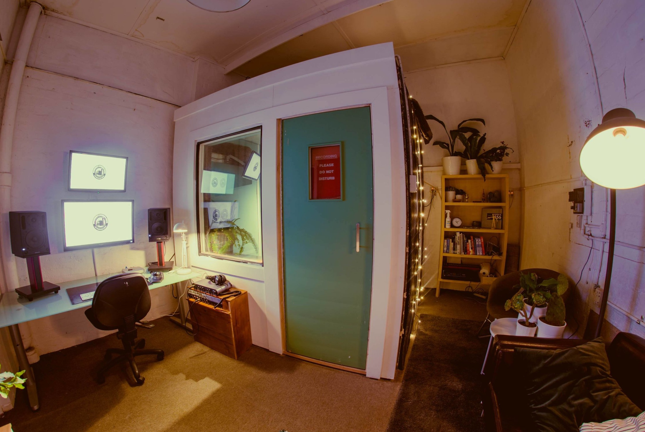 Rates - BYO Engineer Rates$85 for a 4 hour Session (Minimum).$150 for an 8 hour Session (More Time Available if Needed). $100 to hire Neumann U87 for session.If you need an engineer we charge $110 per hour (includes equipment hire).