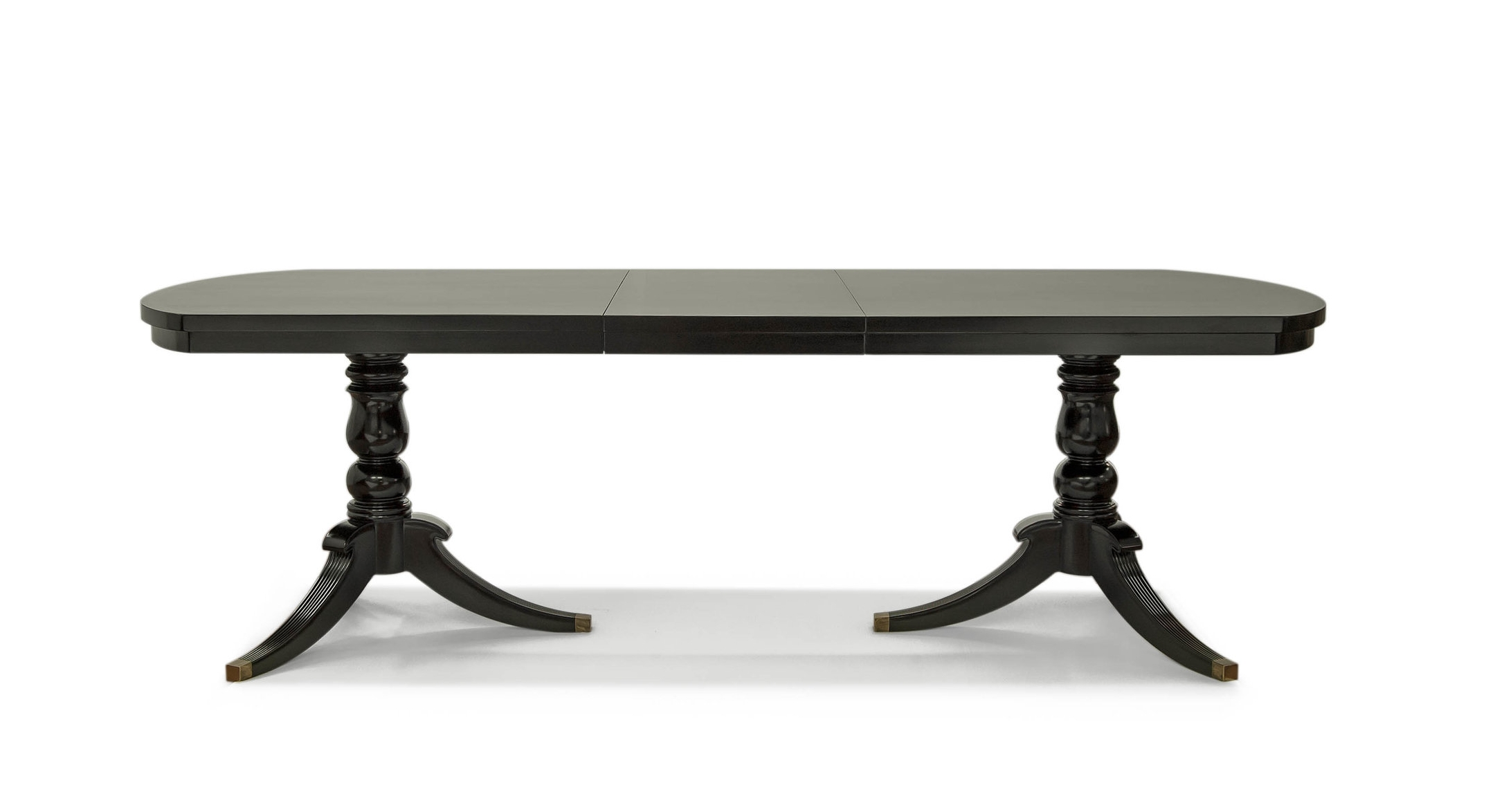 ....bespoke queen anne style furniture : extendable dining table..特别定制安妮皇后款色家具 : 可拉开餐台....