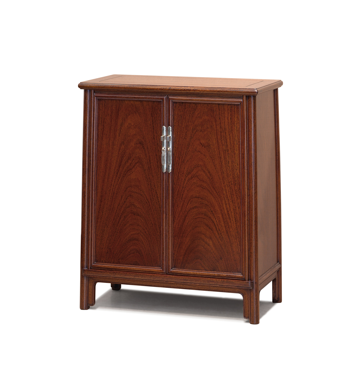....bespoke chinese ming style furniture : splay leg cabinet..特别定制中式明式家具 : 面条柜....