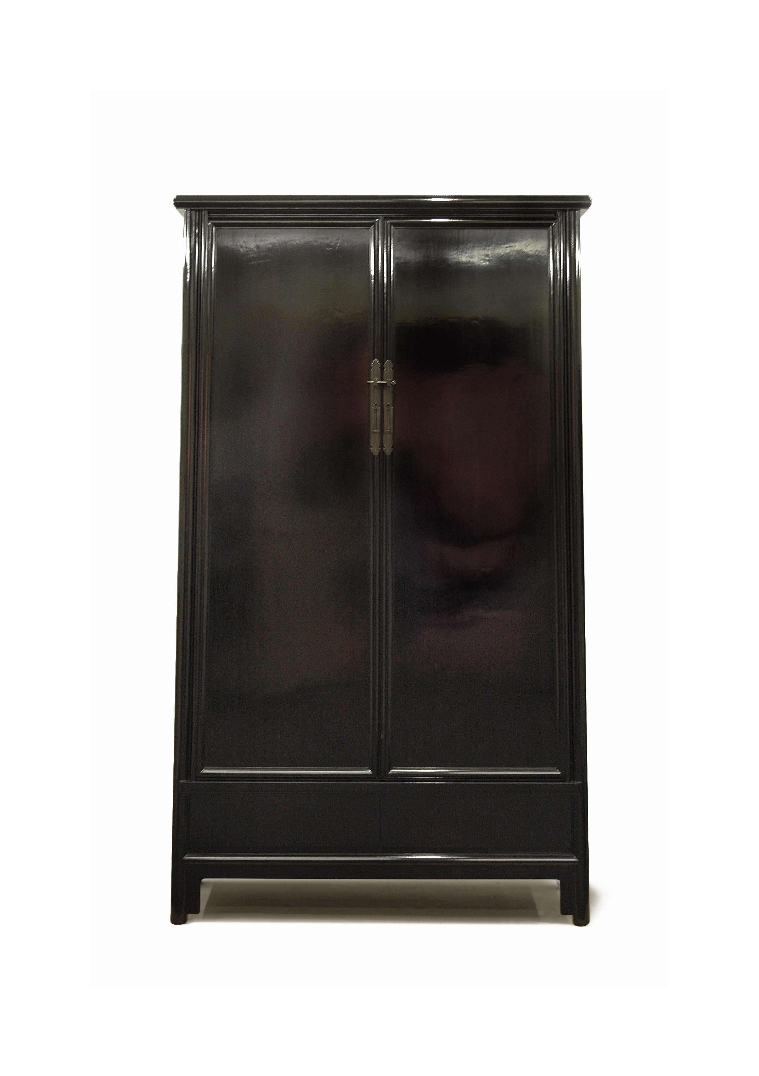 ....bespoke furniture   rosewood london : big armoire..特别定制家具   瑰丽伦敦酒店:大柜....