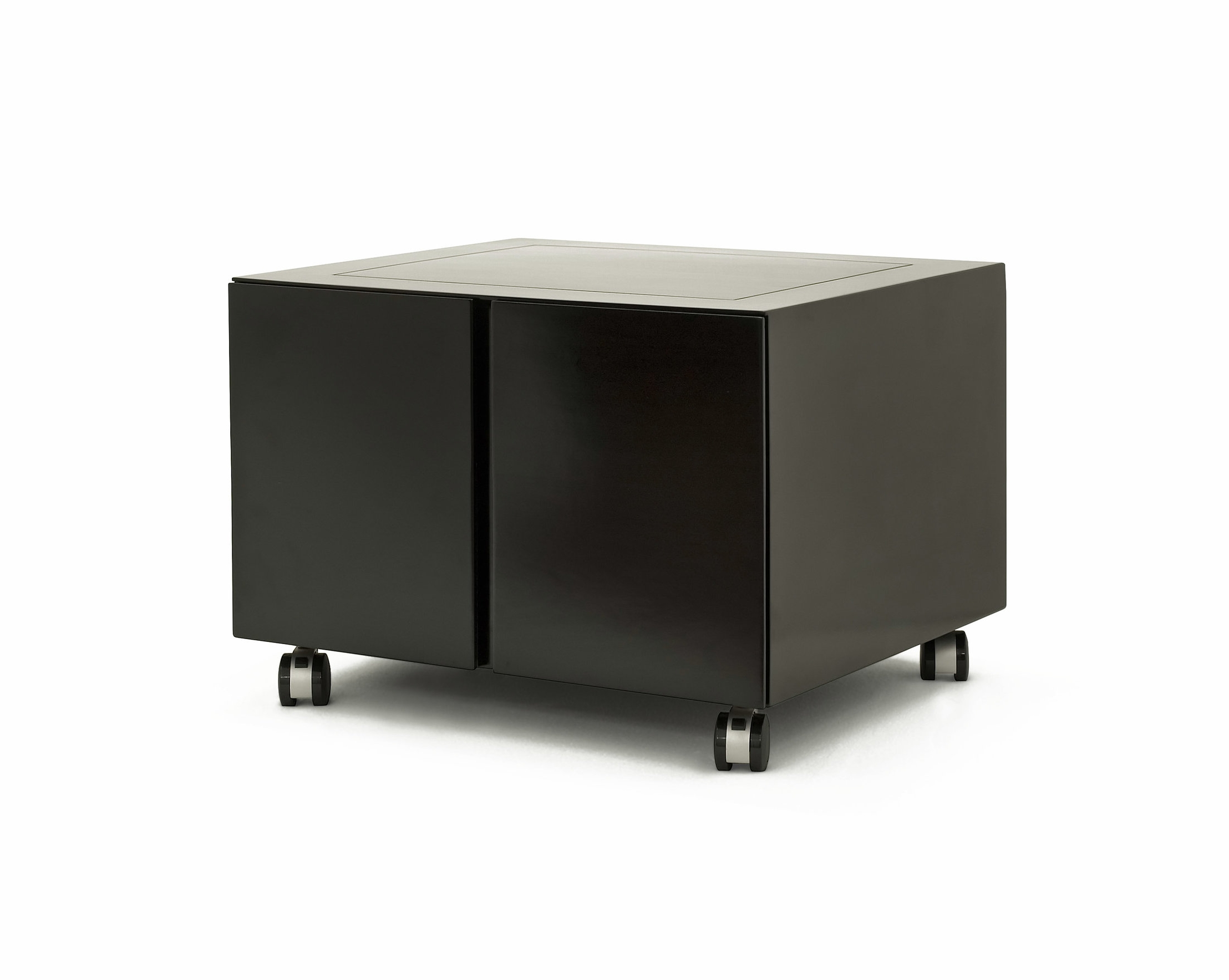 ....Custom made Modern furniture : Cabinet..特别定制現代家具:輪子柜....