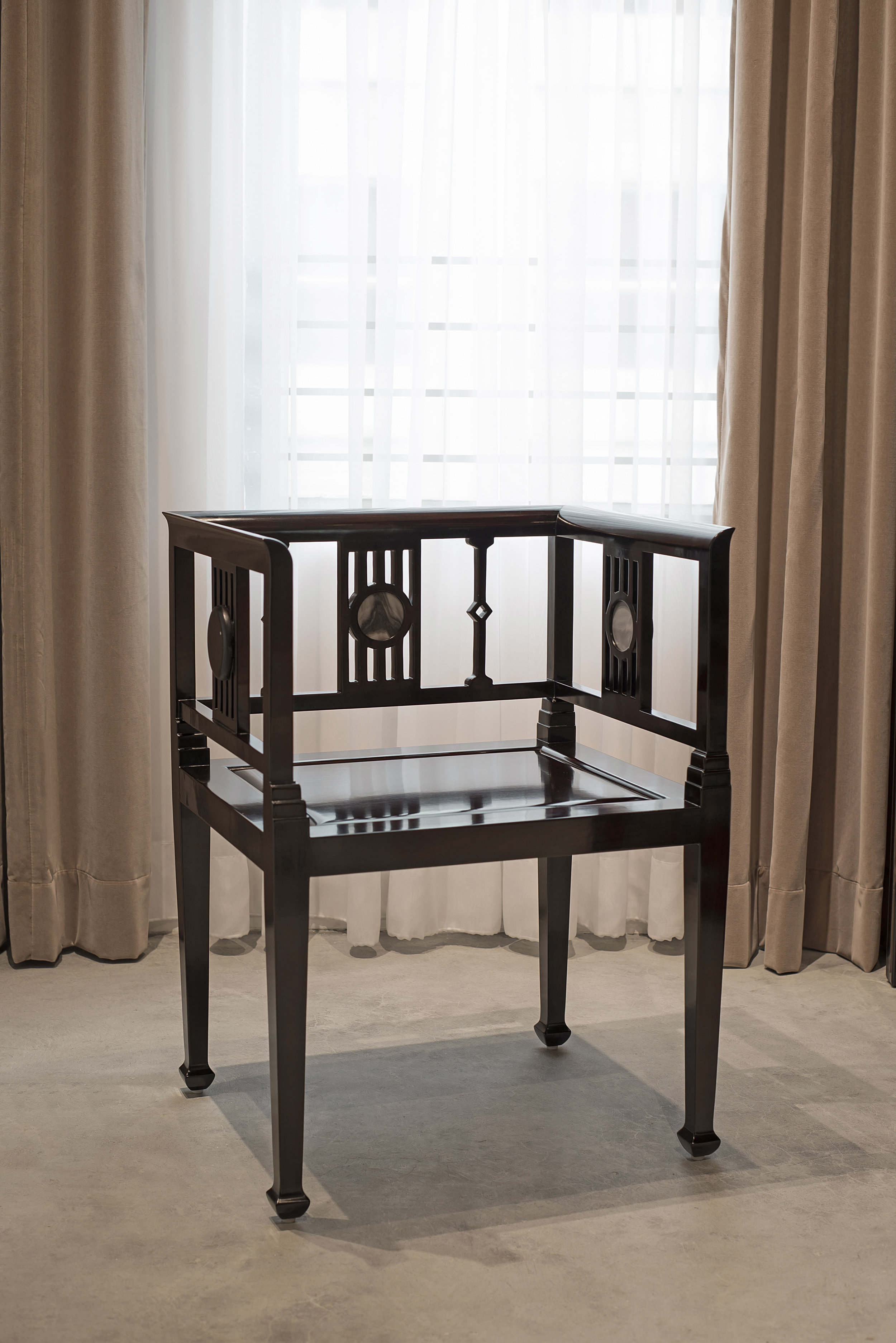 ....bespoke art deco style furniture : armchair..特别定制艺术装饰风格家具 : 扶手椅....