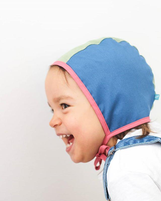 Já que não há muito calor, que haja mais cor! 💥  Touca Coragem disponível e com -50%! Vobba.pt ou MP  Vobba Let them be colourful