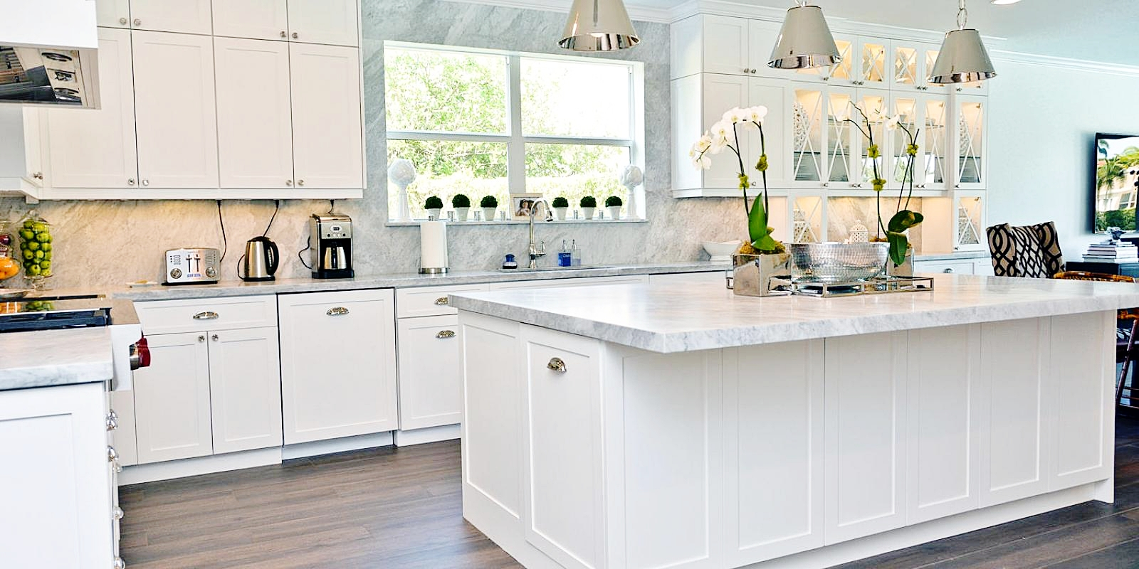Traditional 1920's Style Kitchen