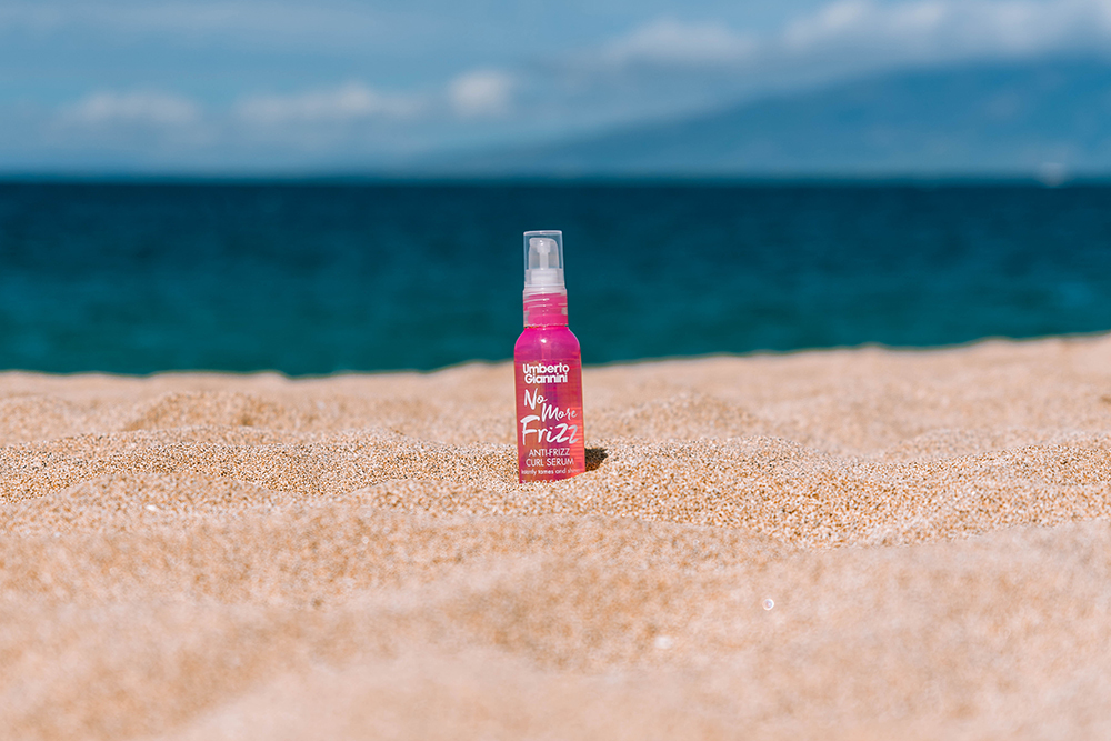 Umberto Giannini, Curly hair, Curl Jelly, Hawaii, Step-by-step, How to, Frizz, Anti-Frizz, Serum, Hawaii    Umberto Giannini, Curly hair, Curl Jelly, Hawaii, Step-by-step, How to, Frizz, Anti-Frizz, Serum