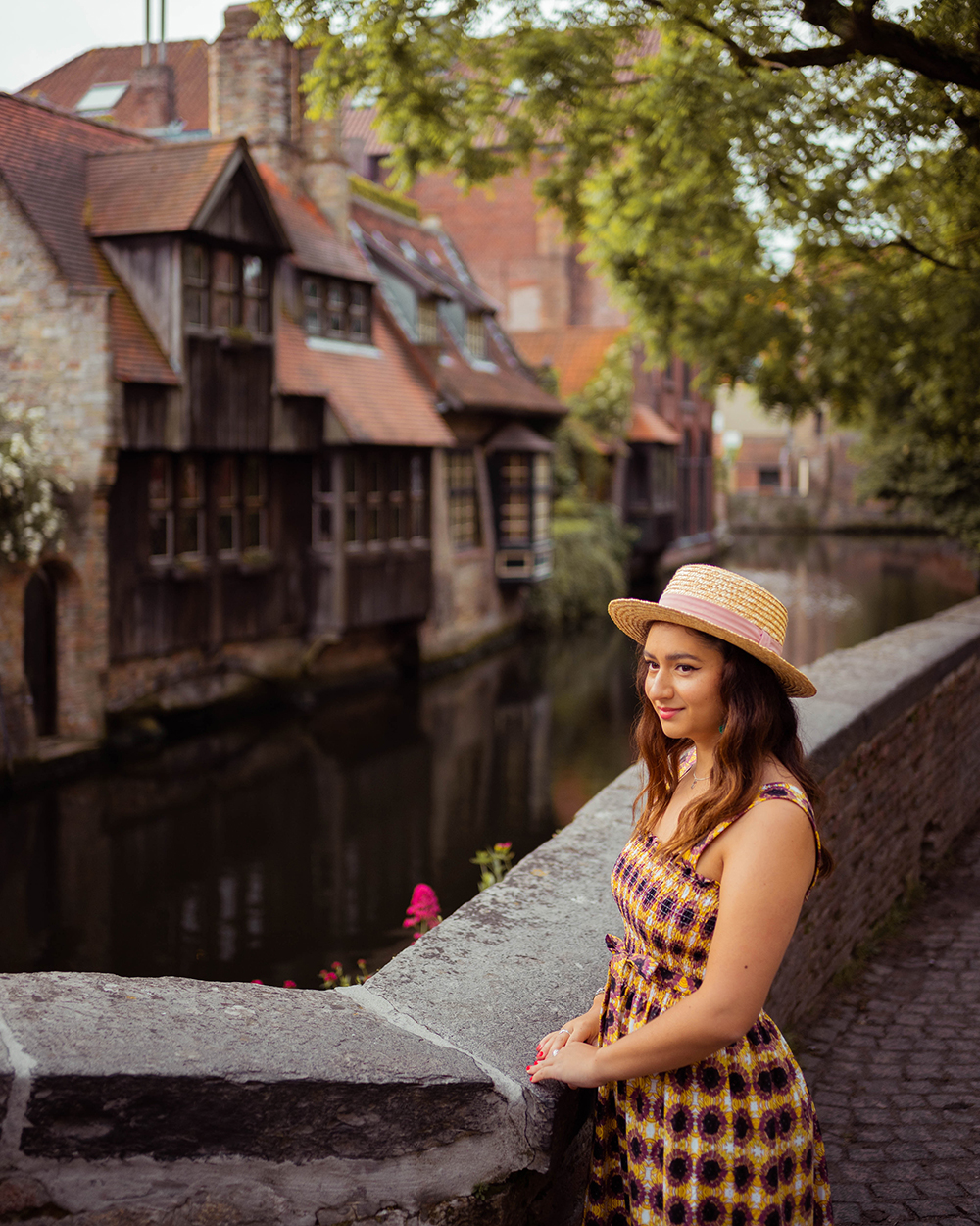 Postcards from Hawaii, Bruges, Belgium, Itinerary
