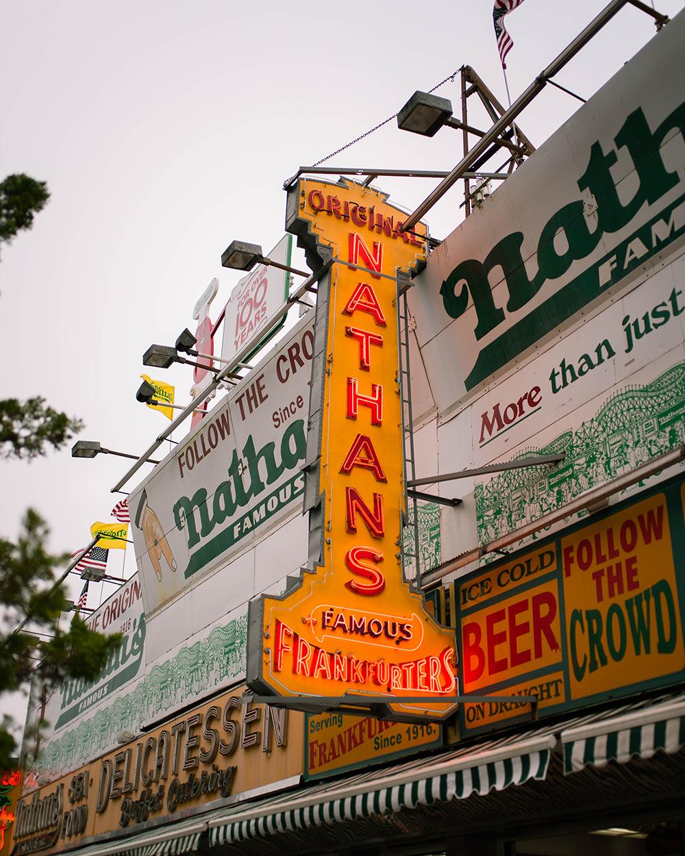 Postcards from Hawaii, NYC, New York City, Itinerary, Coney Island, Nathan's Hot Dog