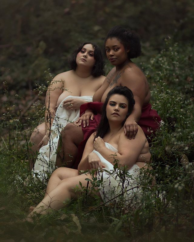 Oops, I'm back! The summer ran off with me and I fell behind on all of the social media things. Happy to start sharing here again, and what better first than an image of this gorgeous trio? Loved this day creating art and celebrating their bodies. Now is the perfect time to book your own nature boudoir session, feel free to message for more information!  Photographer | @silverwinteroak Model | @itsnikki.g Model | @daniellathesongwriter Model | @karinaesmia MUA | @makeupbyjeni Hair | @_alliburns Eyeshadow | @cirquecadiacosmetics  Assistant | @astrid.kallsen