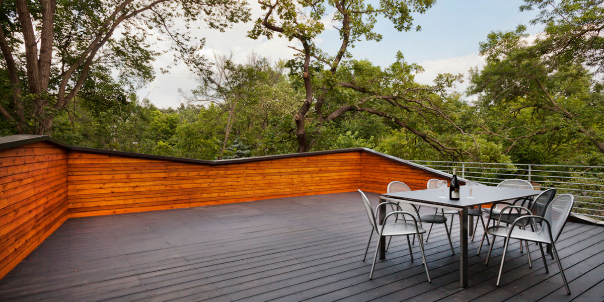 burnham-road-house_exterior_deck_1.jpg