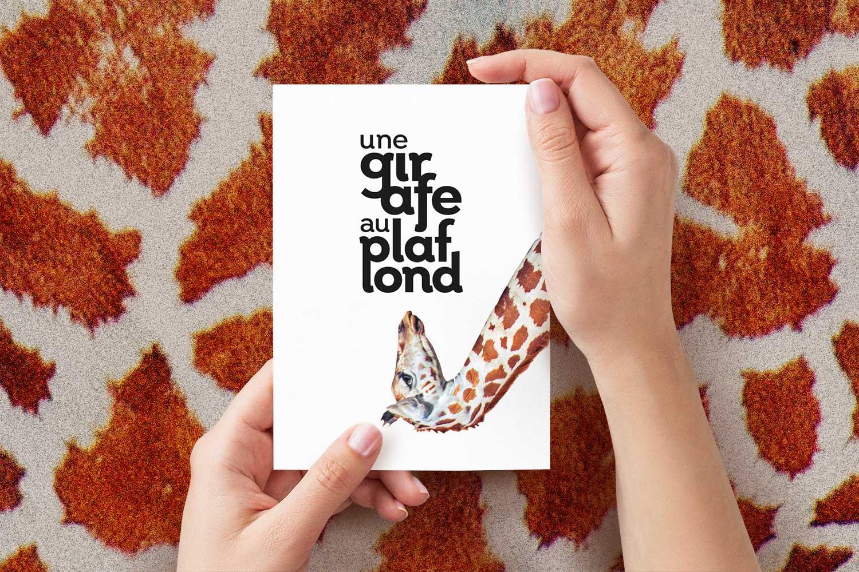 identité & packaging - En quête d'identité, la girafe recherche qui vous êtes dans les faits et entre les lignes, se nourrit de ce qui se fait et oublie, écoute, suit ou transgresse puis s'accorde.