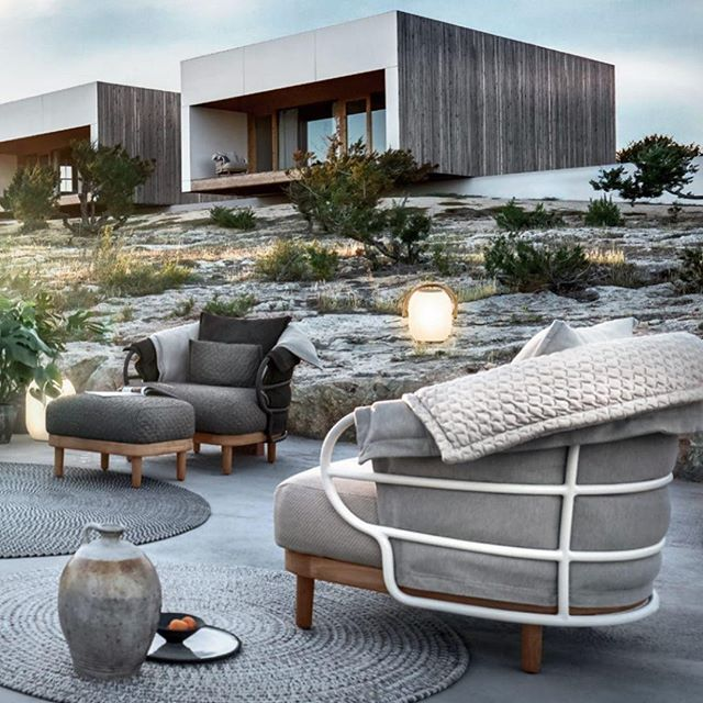 There will be no need to encourage people to spend more time outside when your outdoors looks like this. . . . . #upscaleinteriors #upscaleinteriorsAG #designthelifeyoulove #dekor #germaninteriorbloggers #zuhause #dekoration #inneneinrichtung #architekturbüro #interiør #interiör #interiordesigner #interiorstyle #interiorinspo #interiorandhome #interior4all #homestyling #interiorforinspo #passion4interior #interiorlove #interior123 #interiorlovers #interiorforyou #interiorideas #instahome #interiordesignideas #passionforinterior #dreaminterior #interiorgoals | via @sebastianherkner