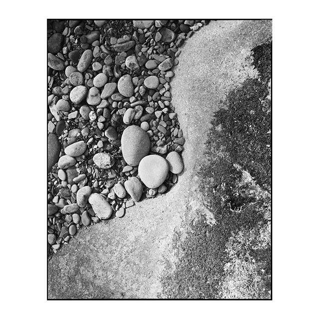 """Fade to Silence"" 2019.002_S022 ————————————————— #photography #largeformat #8x10 #intrepid8x10 #intrepidcamera #ilfordphoto #ilfordfilm #ilforddelta100 #analog #analogphotography #film #blackandwhite #landscape #water"