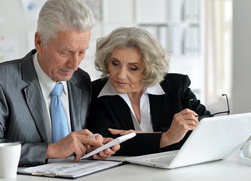 Complicated coordination HSA-Medicare - Senior couple_131308156 - RECTANGLE.jpg