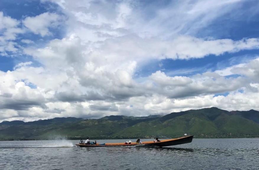 lake (2).jpg