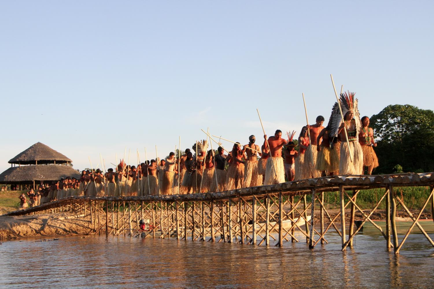 Yawanawa on bridge.jpg
