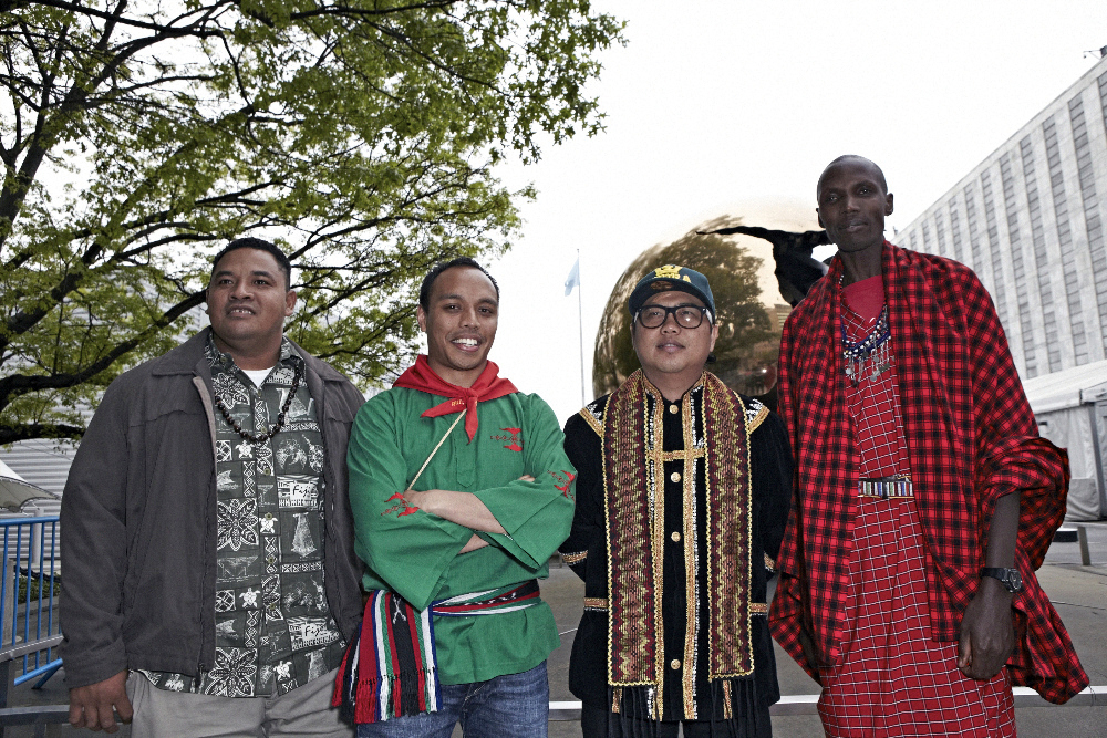 3 PEOPLE! Maina (left) Ghazali (Green) Atama (Glasses).jpg