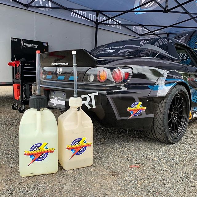 Look at the thunderbolt swag from @chris_jeanneret #repost ・・・ E-85 and e-98 for sale by the gallon or the drum dm me for pricing we are restocking our supply next week who wants in on the next order ?  #e85 #e98 @thunderboltracingfuel  #ethanol  #s2000 #pnw #redmondexotics #evergreendrift  #evergreenspeedway