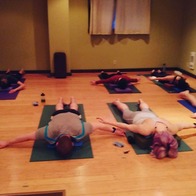 Therapy ball class. Your gift to that bod which might be a tad sore after taking in all that fresh pow this weekend.  Tonight at 6pm #selfcare #powlegs #ferniebc #lovefernie #ferniestoke #deeprelease #brokenbody #helpme #soremuscles