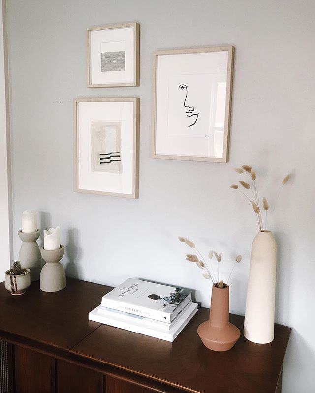 Just. Obsessed. Thanks for sending me your pics! 🥰 📷: @jhmoriarty • • • #localart #shoplocal #minneapolis #stpaul #minnesota #linedrawing #draw #drawing #line #blackandwhite #artist #sketch #penandink #minimalist #art #figure #tattoo #fineart #contour #homedecor #artfulliving