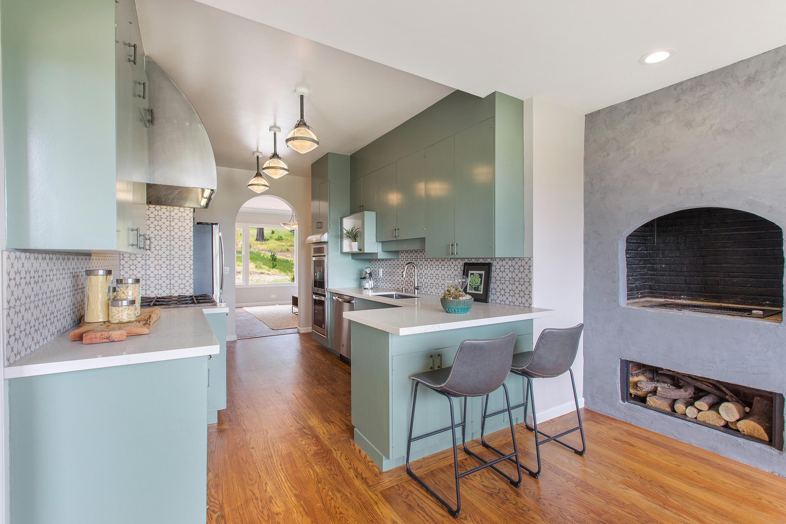 4b_kitchen1.jpg