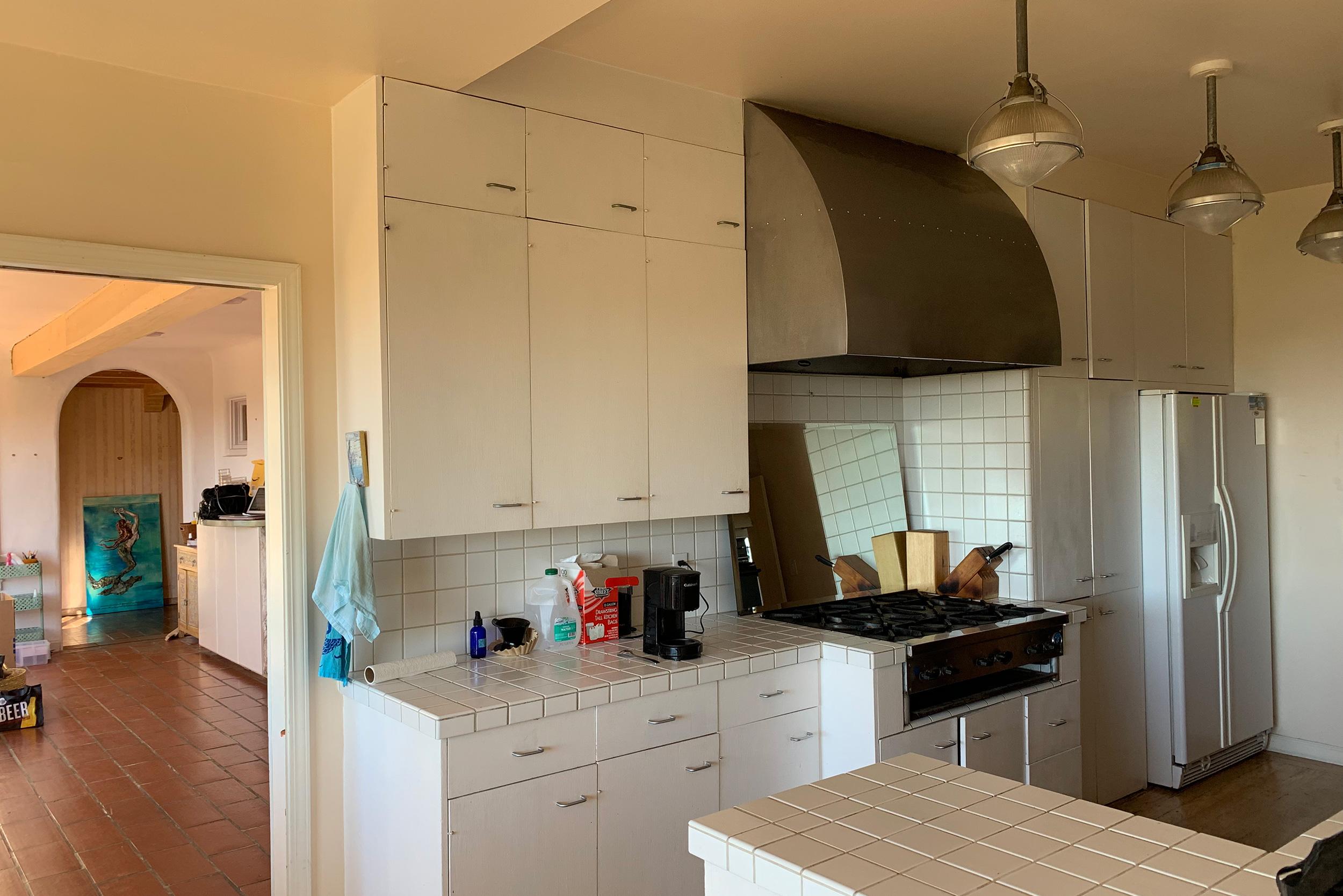 4a_kitchen1.jpg