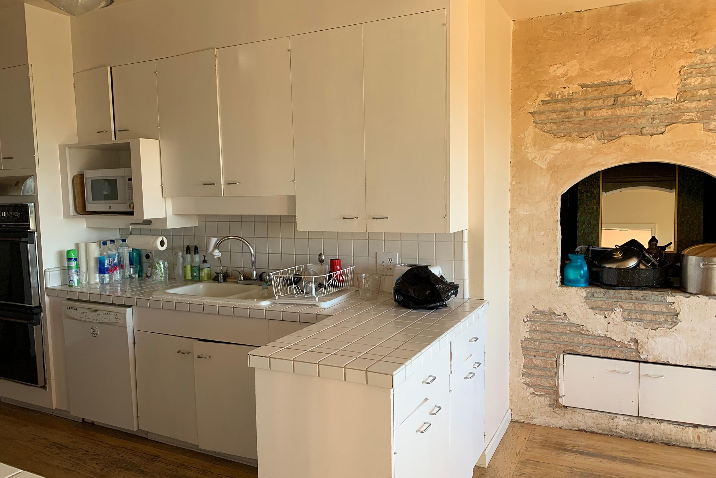 4a_kitchen2.jpg