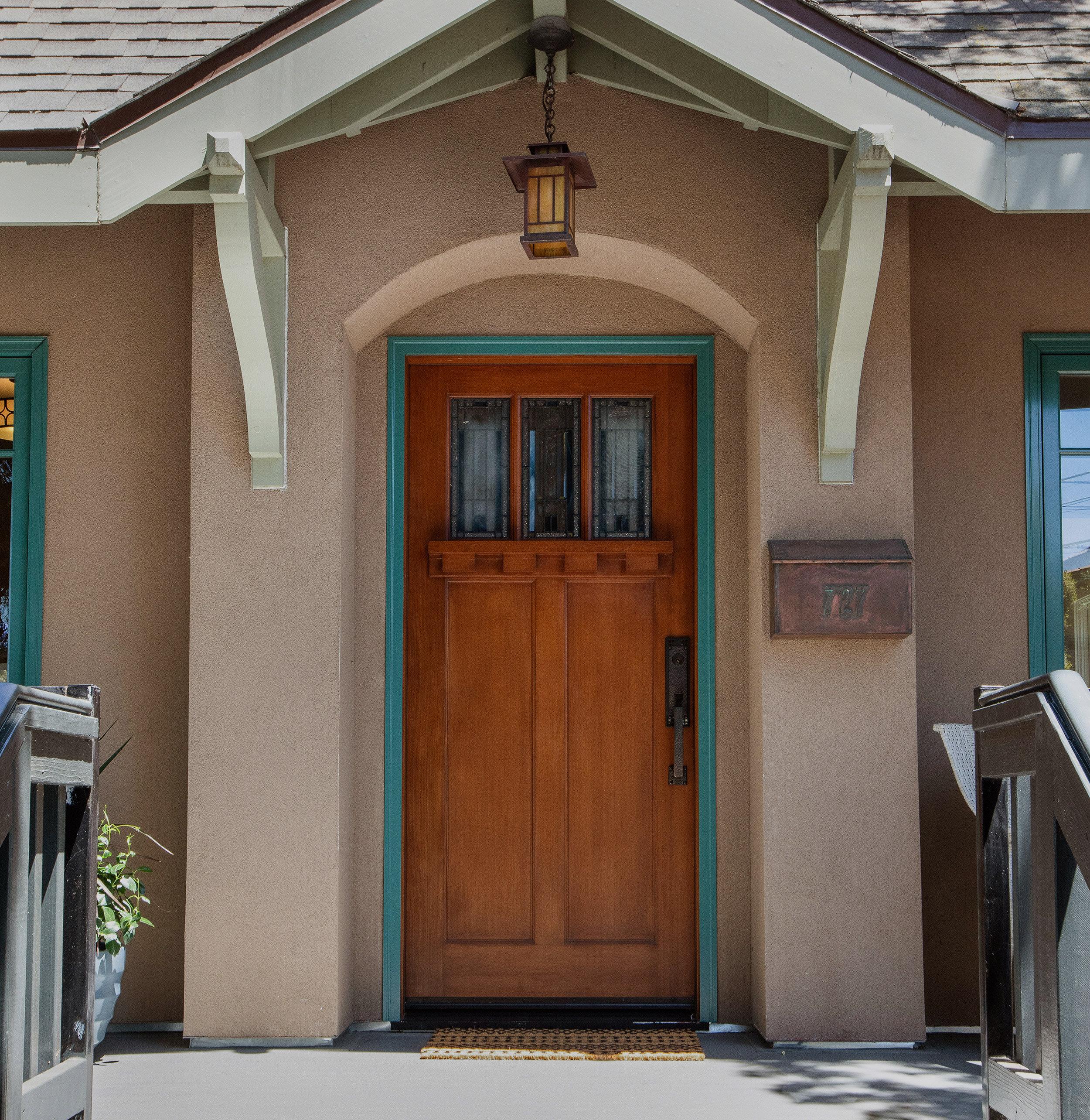 Project Management Services: - Interior + Exterior PaintingBath + Kitchen UpdatesHardware + Lighting UpgradeHouse DetailingNew Wood + Tile Floor InstallationNew Appliance InstallationLandscapingStaging + Fine Art Rental