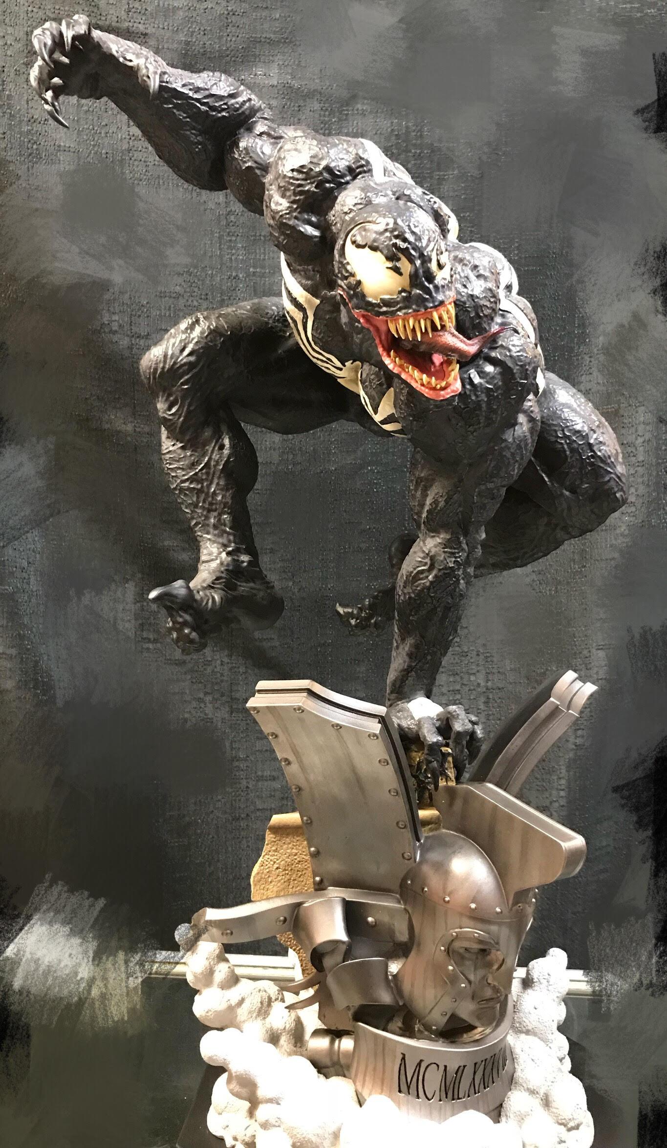 Sideshow Venom Premium Format statue