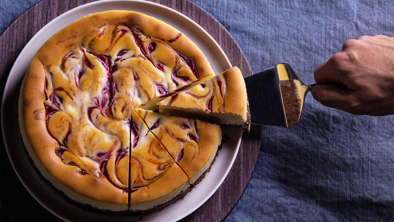 Raspberry-Marbled Cheesecake