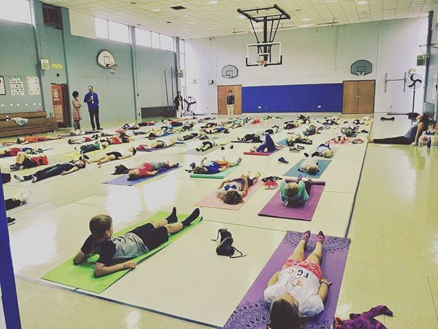 I'm teaching a group of 60 3rd graders this year! Every school needs morning yoga/mindfulness. 😍