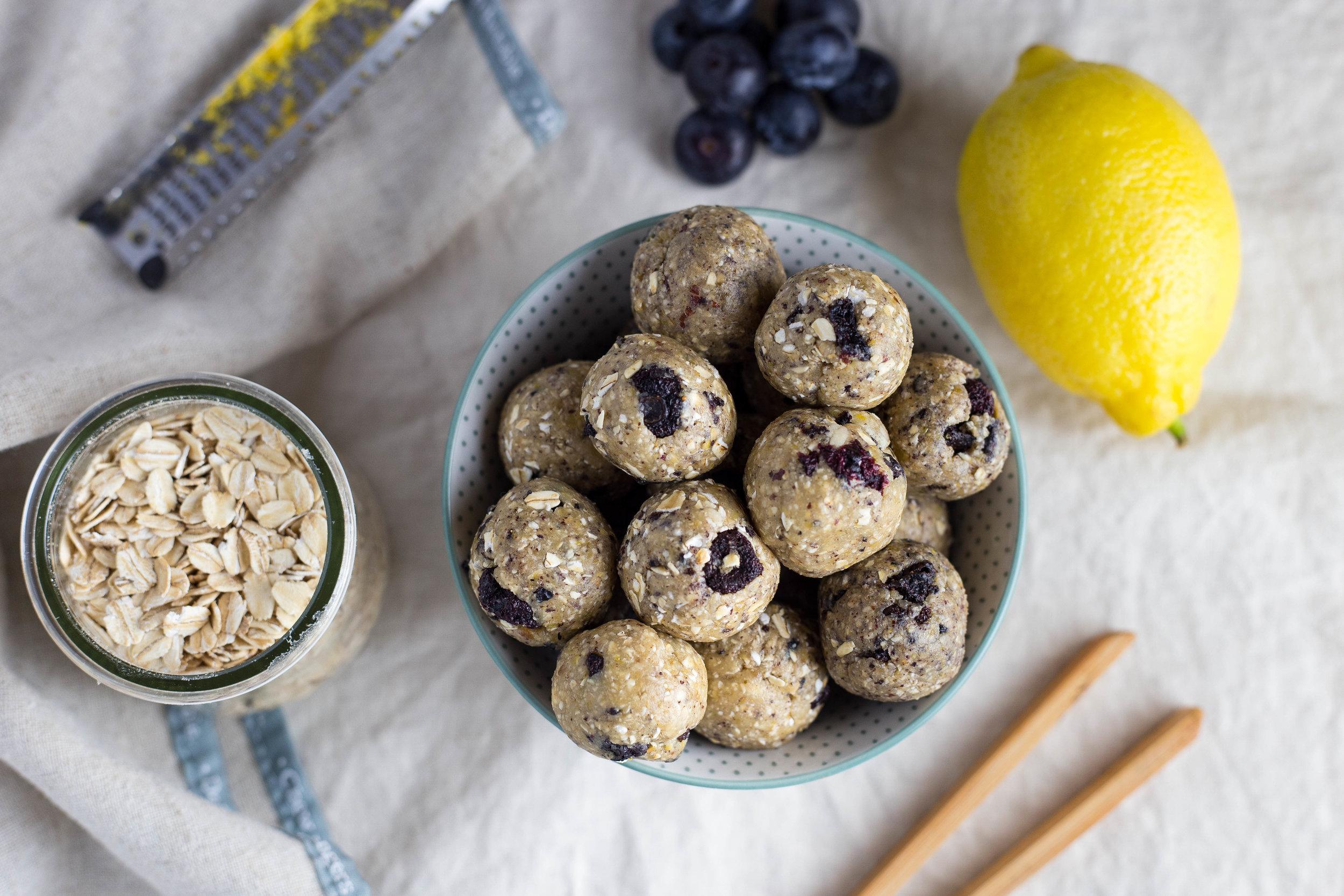 Blueberry-lemon energybites.jpg