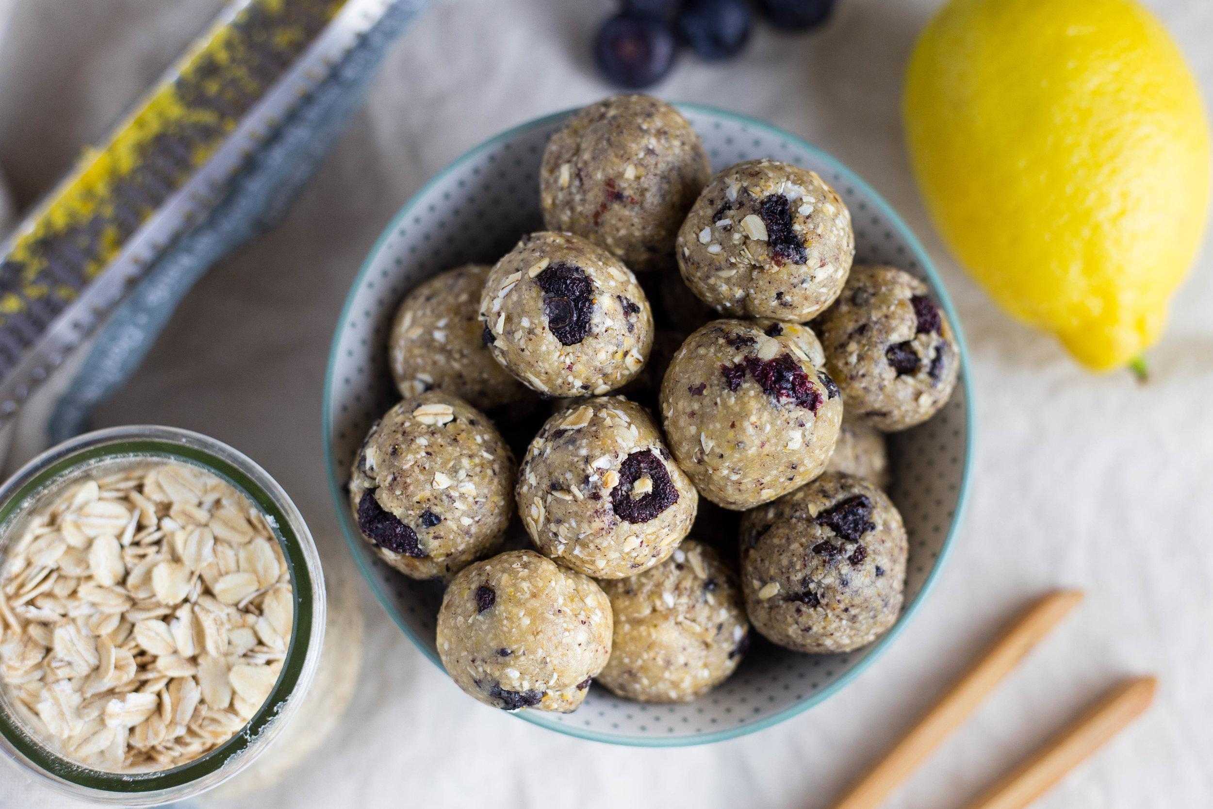 Blueberry-lemon energybites2.jpg