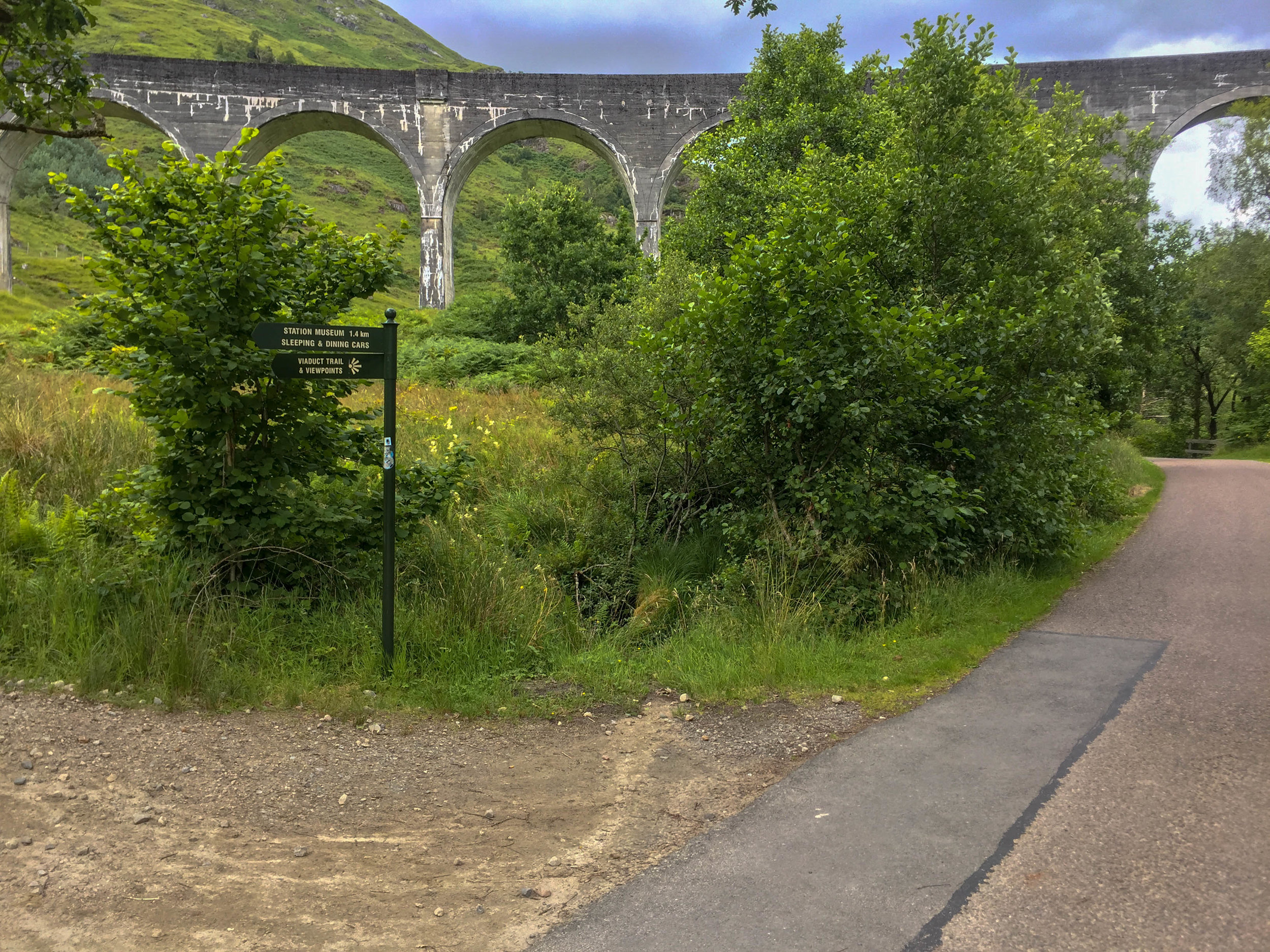 1. Continue on path towards the viaduct