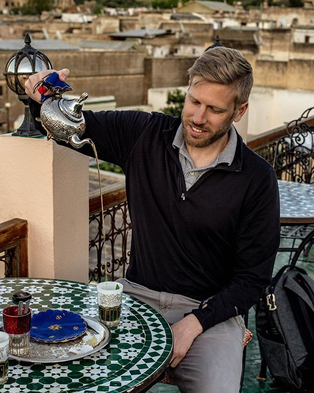 Working on my Moroccan pour...The first attempt did not go as well. Swipe to check out the action and ensuing laughter. . . #moroccantea #morocco🇲🇦 #moroccotravel #tea #morocco