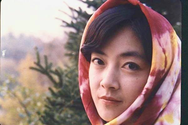 「從小我到大法」。曾錚1990年攝於北京香山。