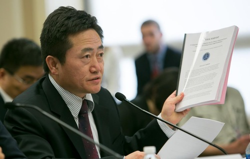 Charles Lee, M.D., director of Public Awareness, World Organization to Investigate the Persecution of Falun Gong (Credit: Minghui.org)