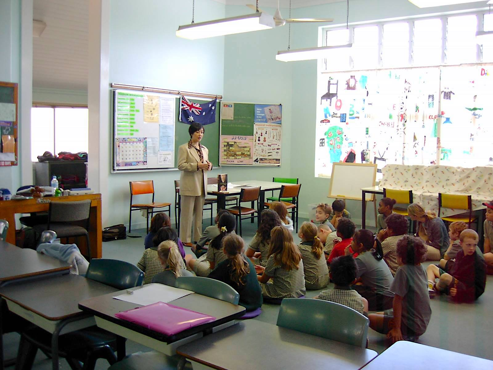 Jennifer invited to the East Brisbane State School in Brisbane, QLD, Australia, to introduce her book in May, 2005