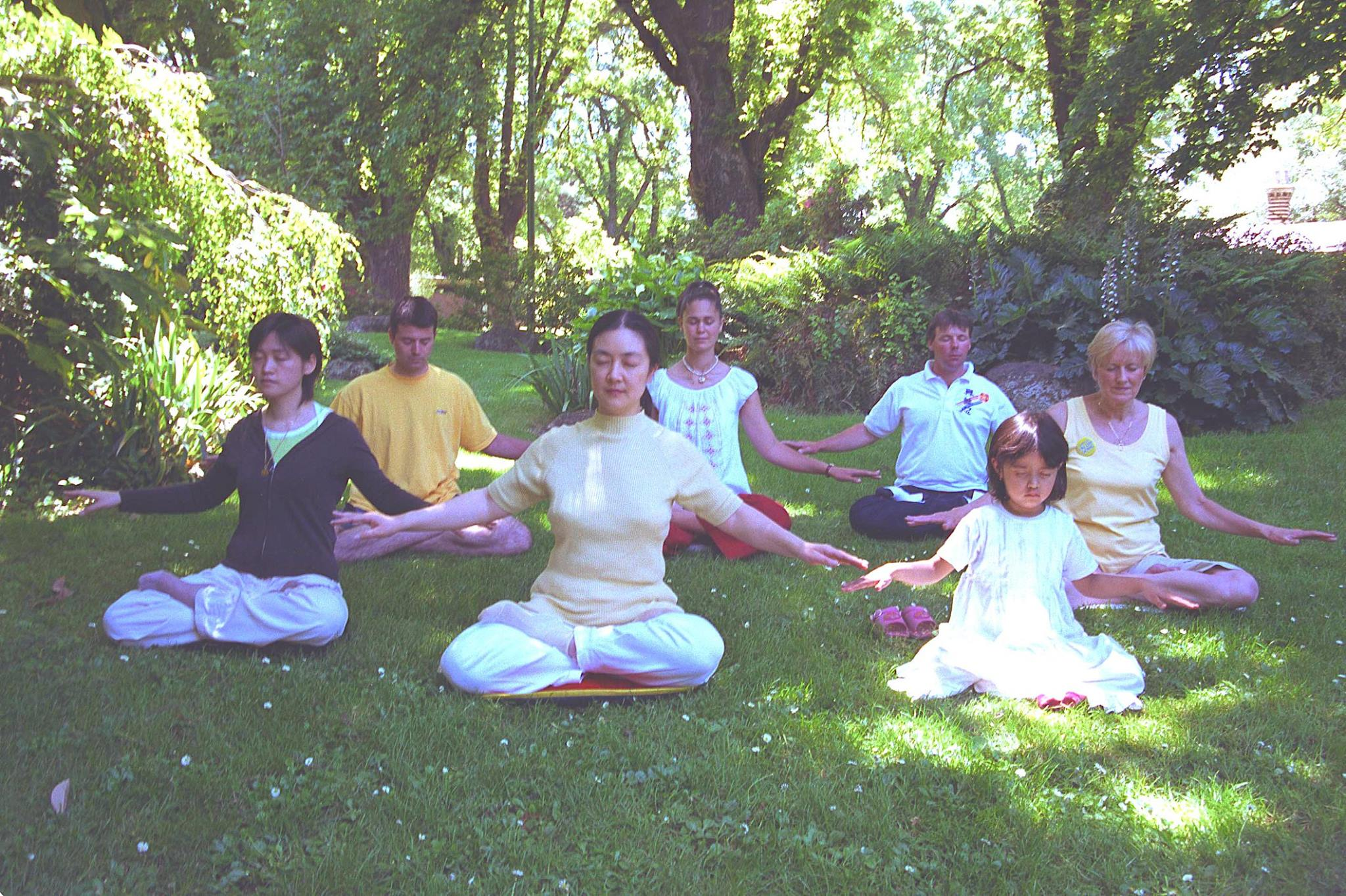 Jennifer doing Falun Gong meditation in a park in Melbourne, Australia, in 2003 with  Kate Vereshaka , Karen Zhang ,  Jan Becker (second row on the right), Greg Marsh, Michael Molner and a little disciple . Jan Becker is a 1964 Olympic Silver Medalist.