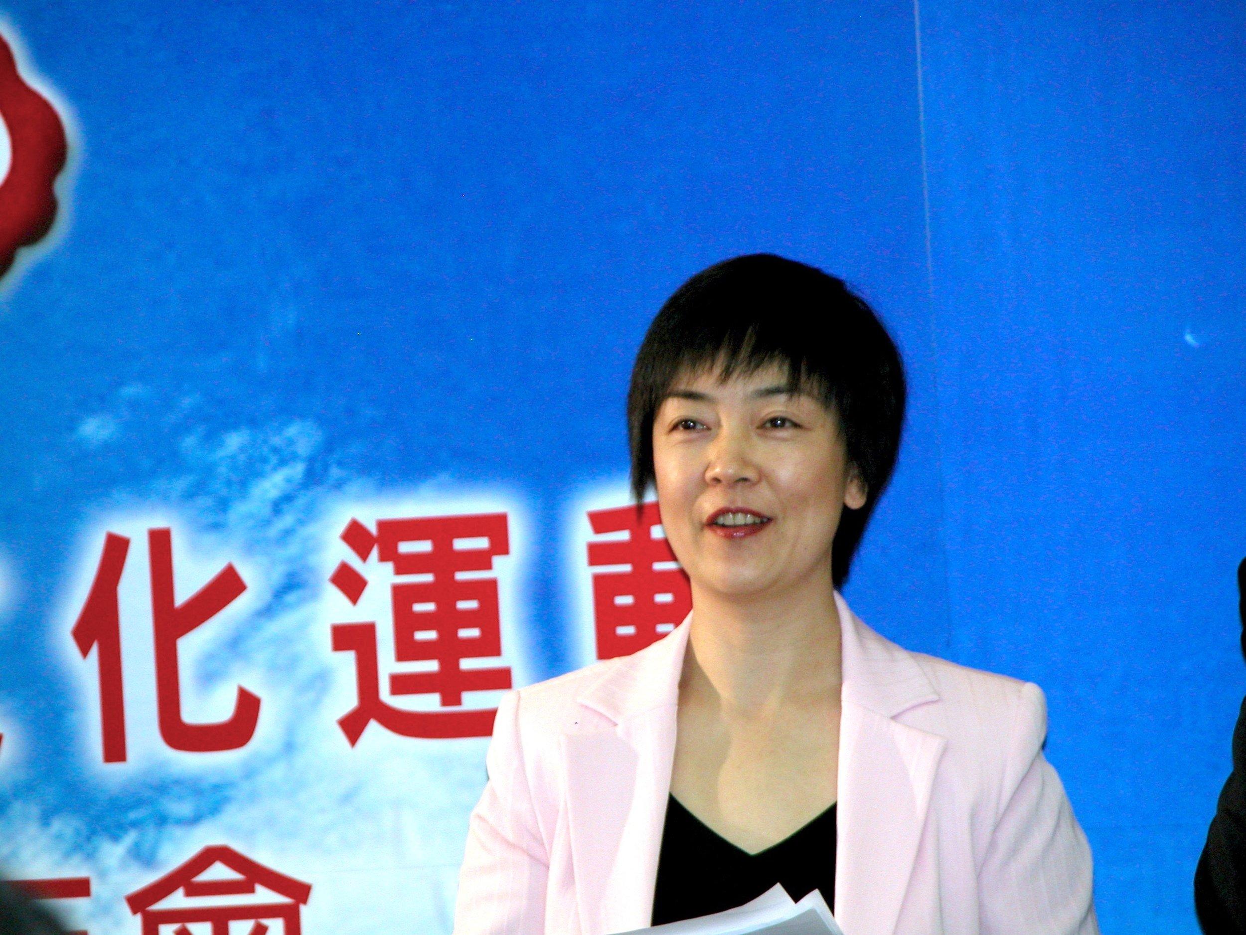 曾錚2006年11月25日在於澳大利亞墨爾本Mercure酒店舉行的中國自由文化運動第一屆年會開幕式上。