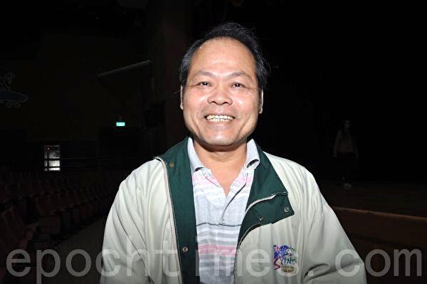 高雄公督盟理事長陳銘彬表示,《自由中國:有勇氣相信》影片,讓台灣人重新思考兩岸的未來。(李晴玳/大紀元)