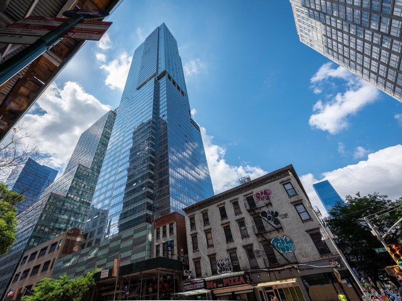 紐約42街西350號大樓  圖片來源: prevu.com