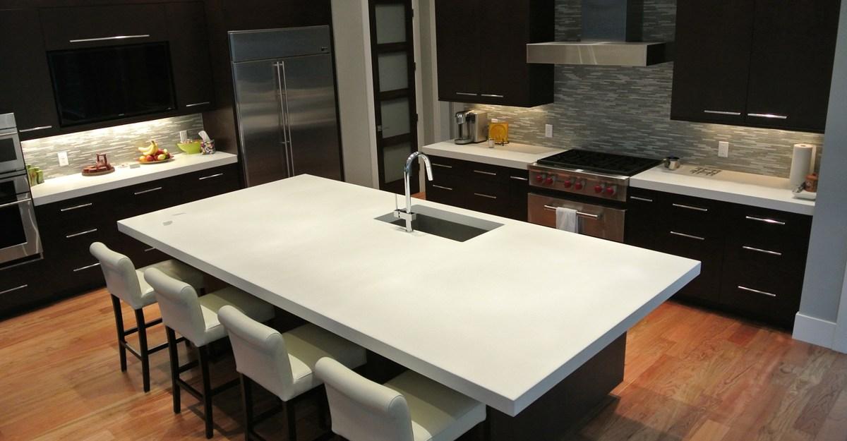 white-island-kitchen-hard-topix_57796.jpg