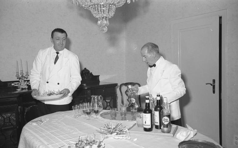 Embajada chilena en Alemania. Fotografía de Egon Steiner, 6 de mayo de 1960