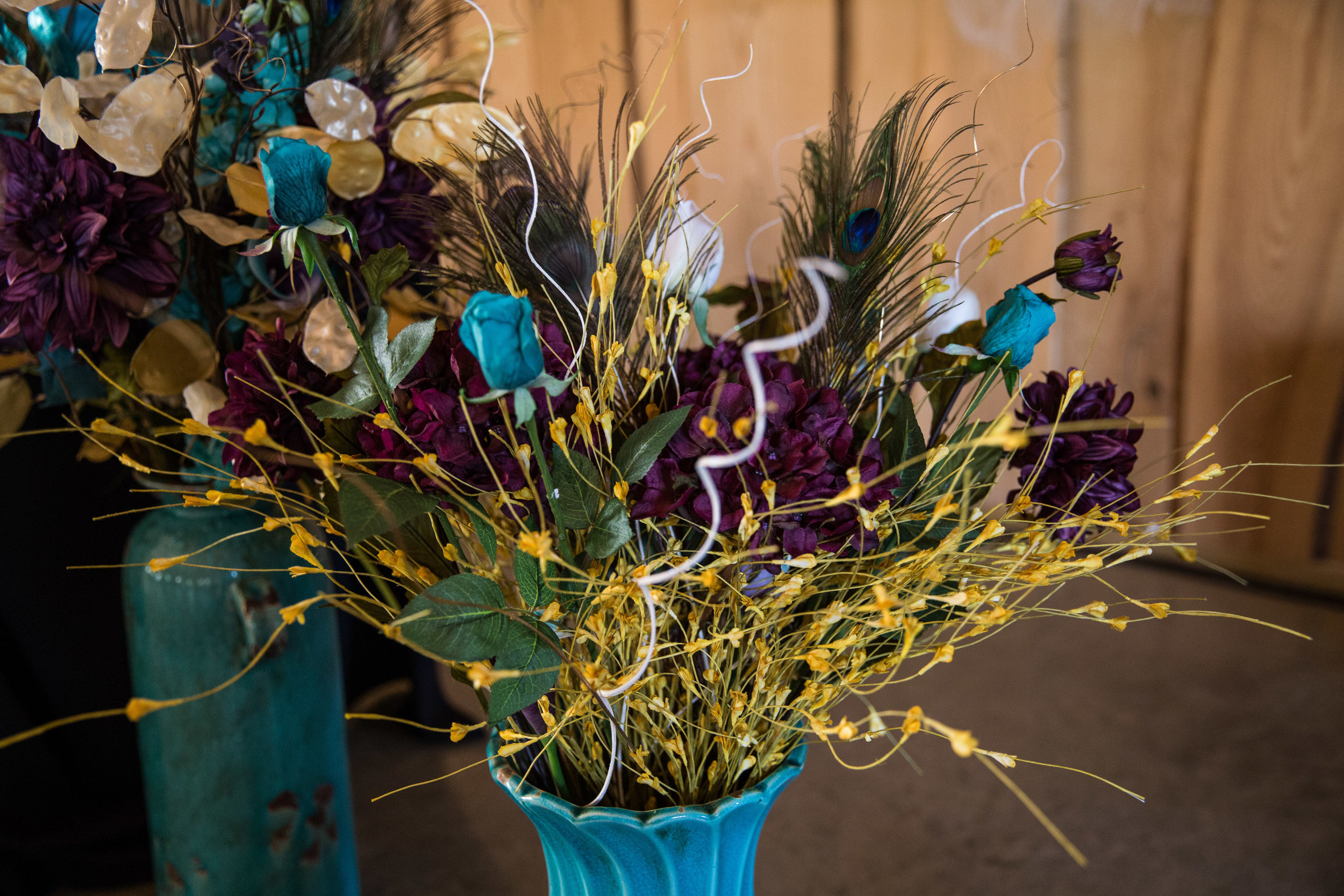 Lansing Michigan Wedding Reception Floral Details_Tania Howard Photography.jpg