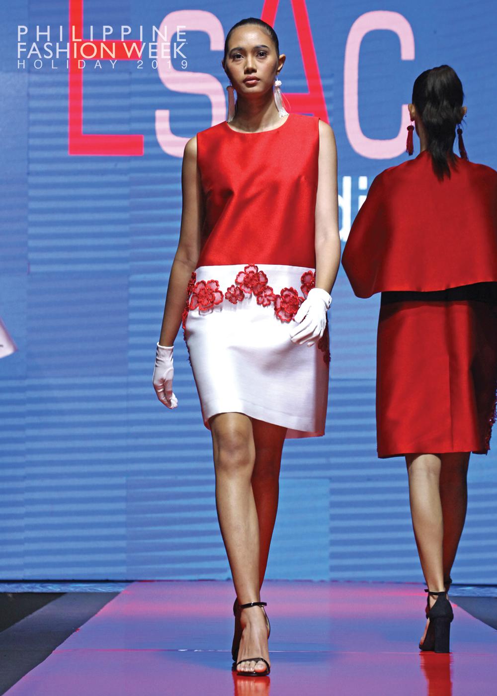 Online Fashion Show2.jpg
