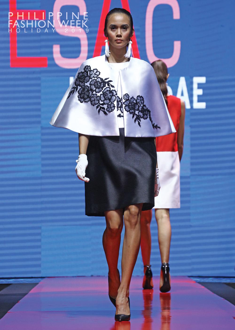 Online Fashion Show3.jpg
