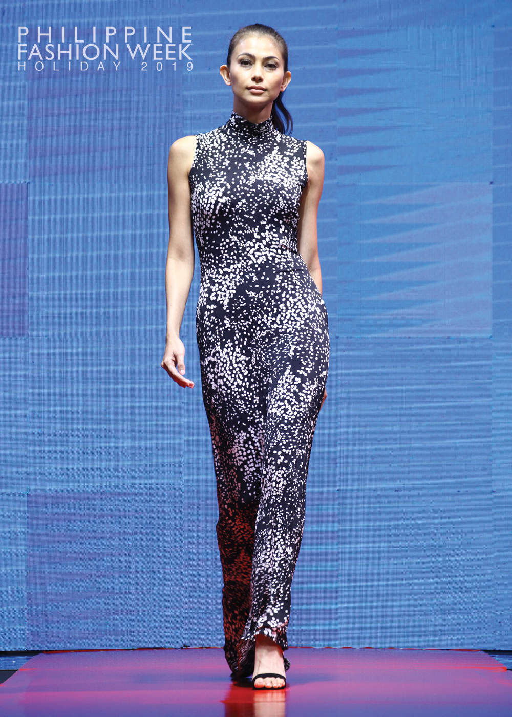 Online Fashion Show6.jpg