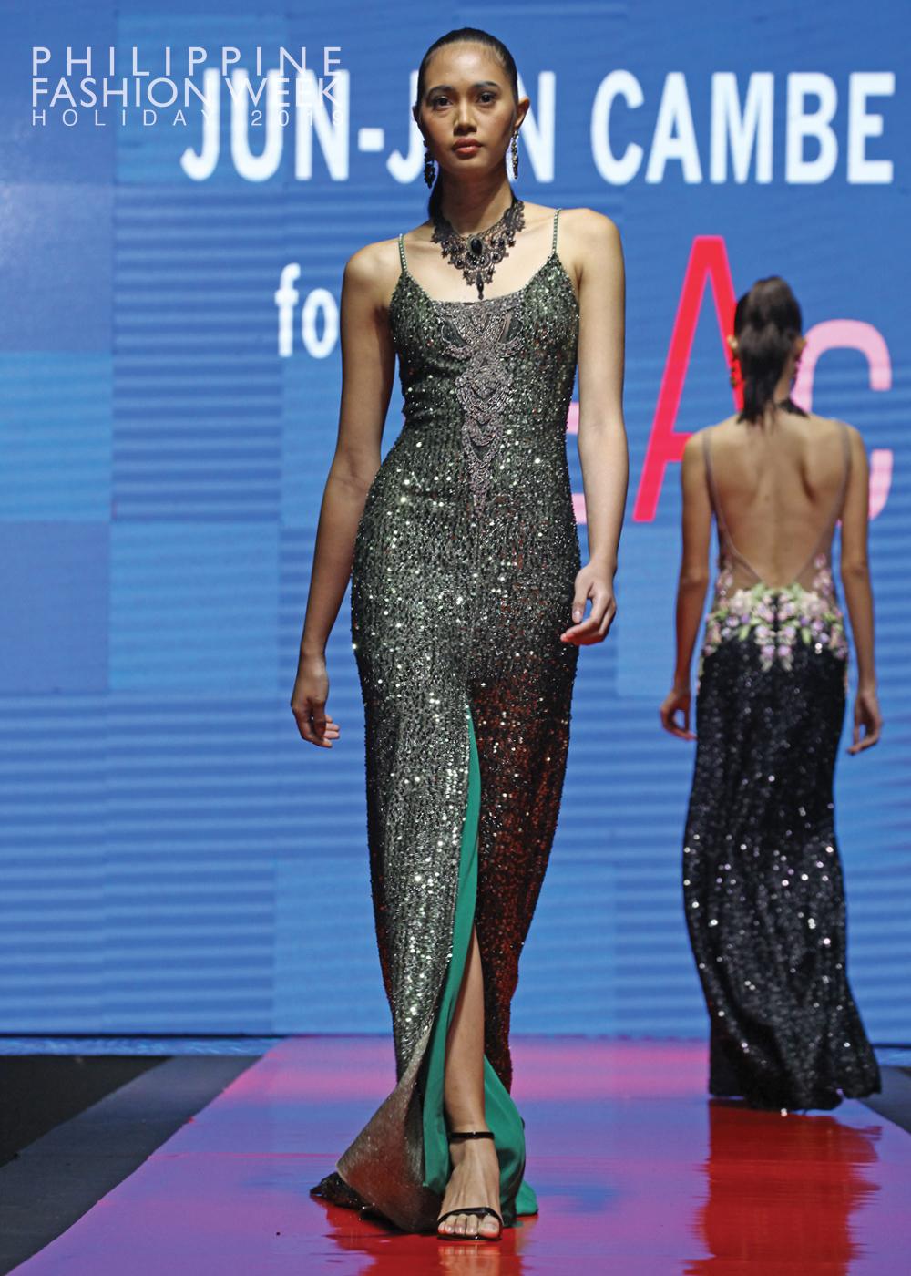 Online Fashion Show14.jpg