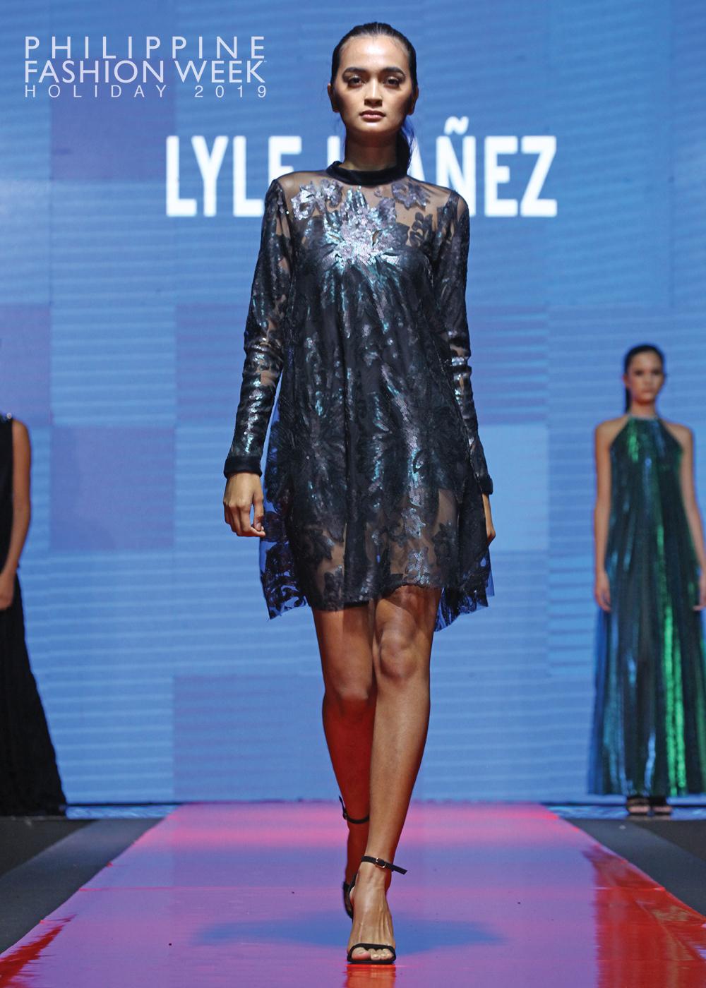 Online Fashion Show21.jpg